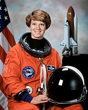 Commander Eileen Collins.jpg