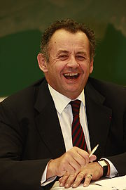 http://fr.academic.ru/pictures/frwiki/49/180px-Guillaume_Sarkozy.jpg