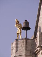 http://fr.academic.ru/pictures/frwiki/49/180px-JacquemartCollegialeSaintPierreLouvain.JPG