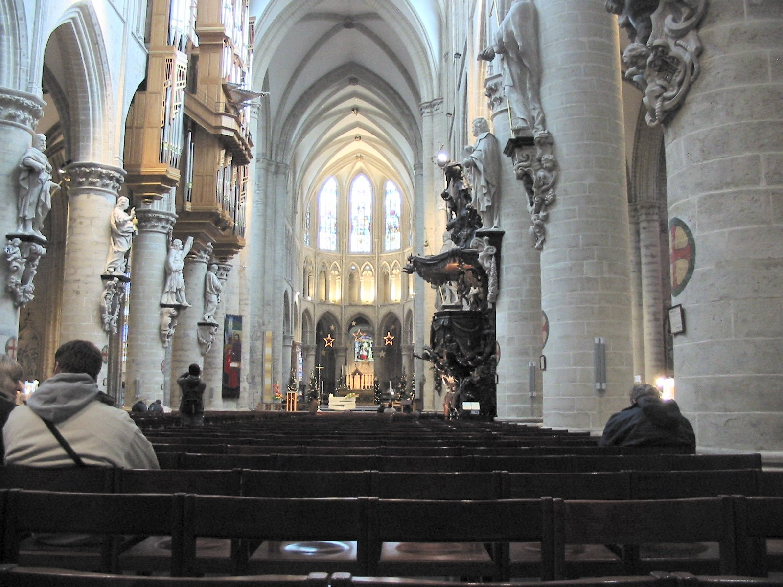 Cath drale saints michel et gudule de bruxelles for Interieur leuven