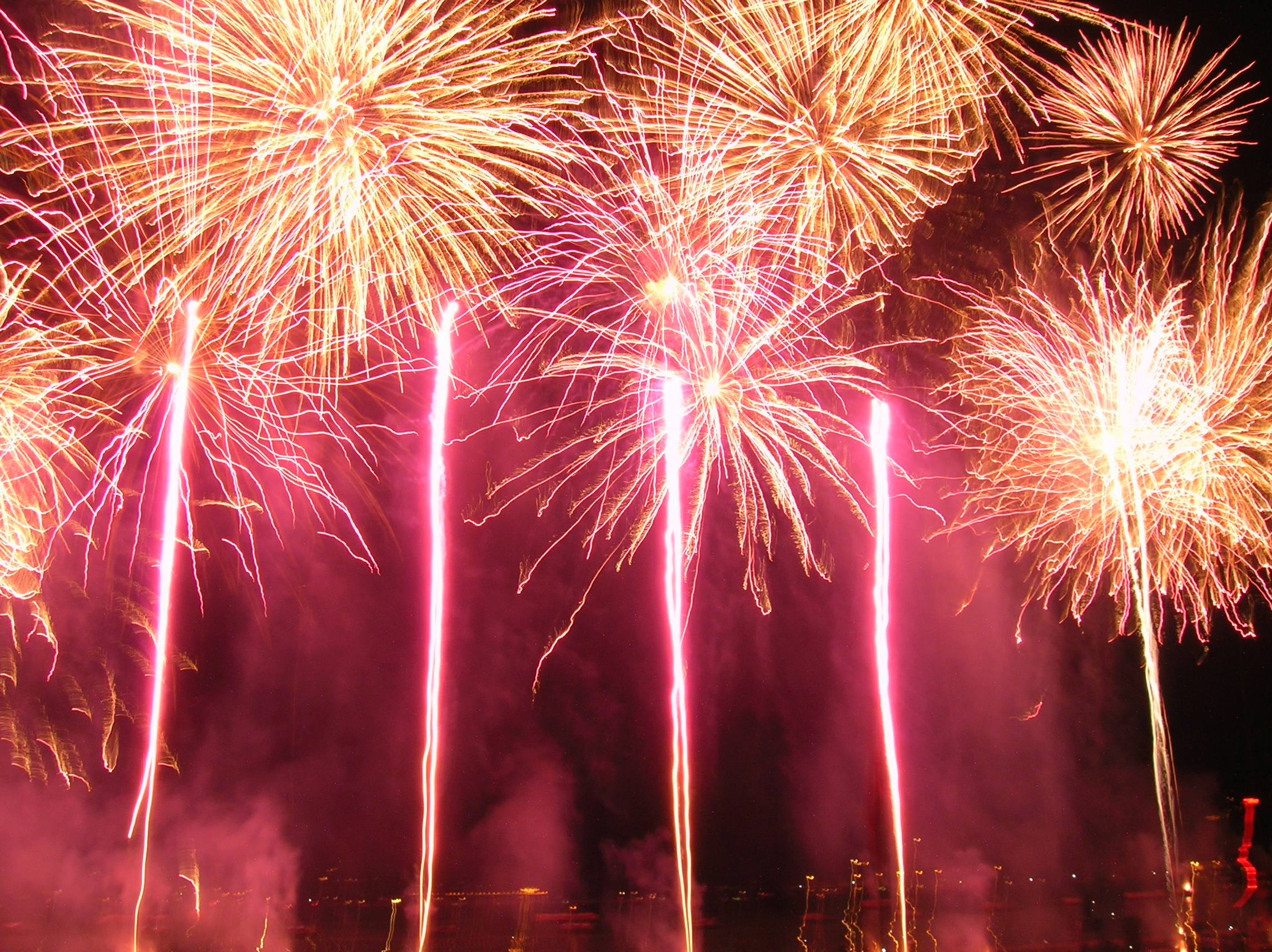 200508_Firework_of_Lake_of_Annecy_festiv