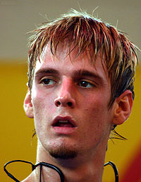 Aaron Carter Close-up.jpg