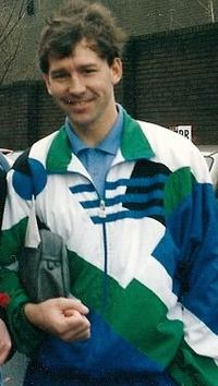 Bryan Robson at the cliff -march 92.JPG