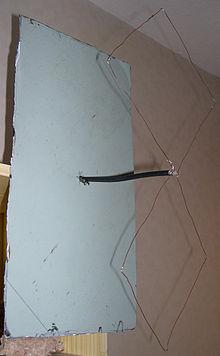 Antenne uhf pour la t l vision terrestre for Fabriquer une antenne tv interieur