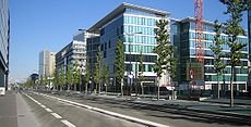 Paris-avenue-de-france-2.jpg