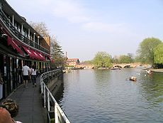 River and royal shakespeare theatre 15a07.JPG
