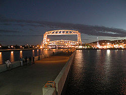 DuluthMN at Night.jpg