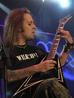 Masters of Rock 2007 - Children of Bodom - Alexi Laiho - 05.jpg