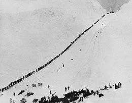 Miners climb Chilkoot.jpg