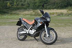 Motorcycle BMW f650 st 04.jpg