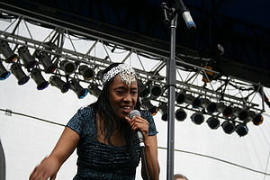 Ann Peebles performing at the Beale Street Music Festival in 2007.jpg