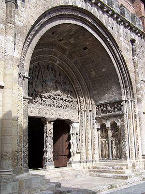 Portail art roman de l' abbaye saint-pierre de moissac , un exemple
