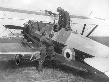 Armstrong-Whitworth Siskin ExCC.jpg