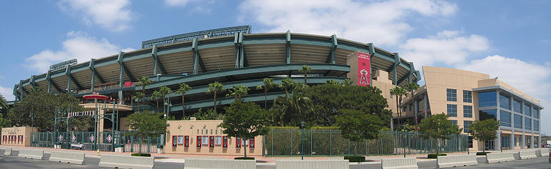 Image panoramique du Angel Stadium of Anaheim