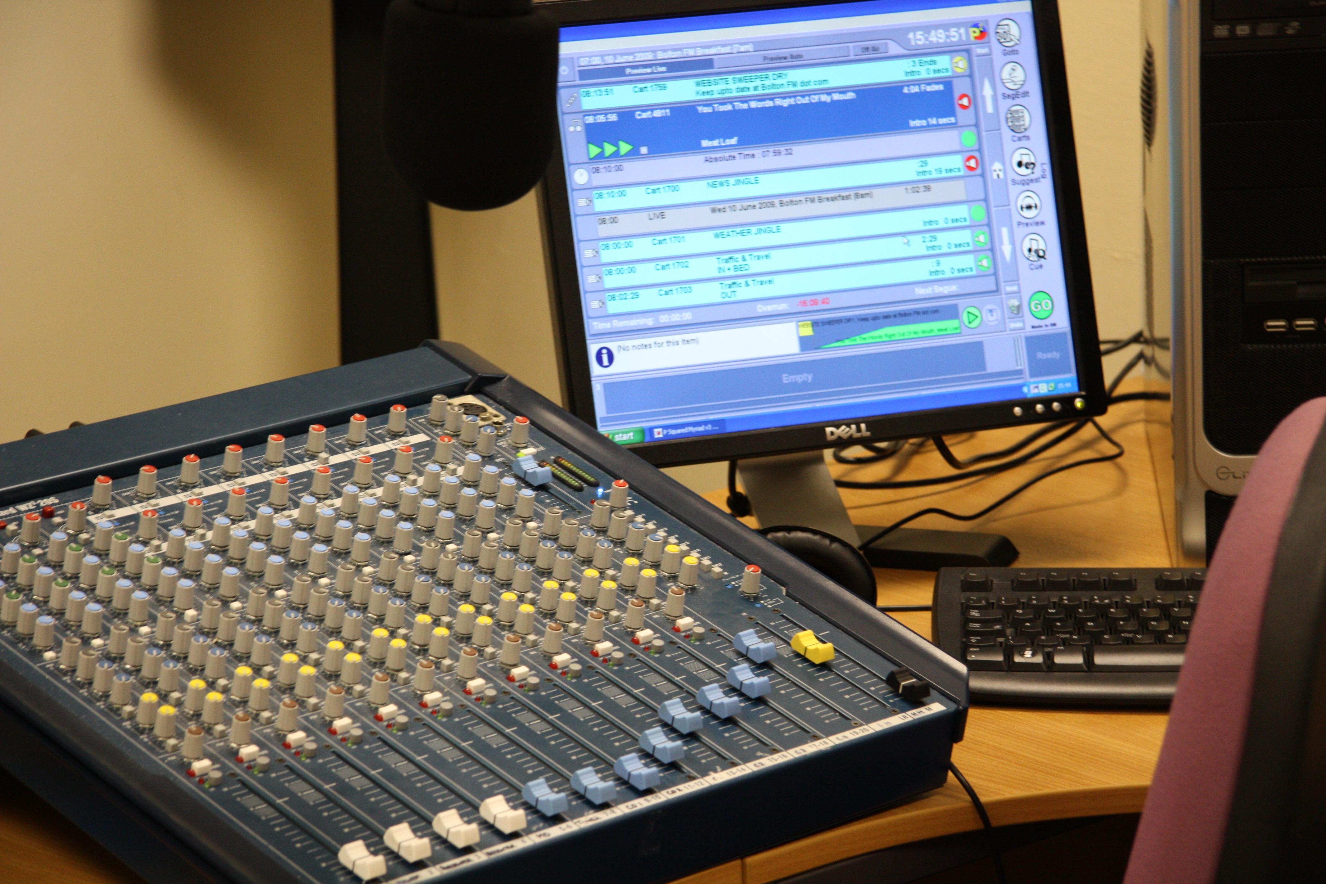 Table de mixage - Table de mixage studio d enregistrement ...