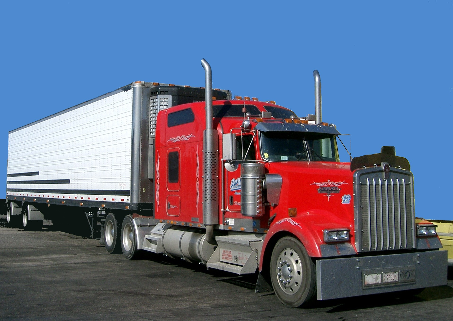 red giant truck - photo #27