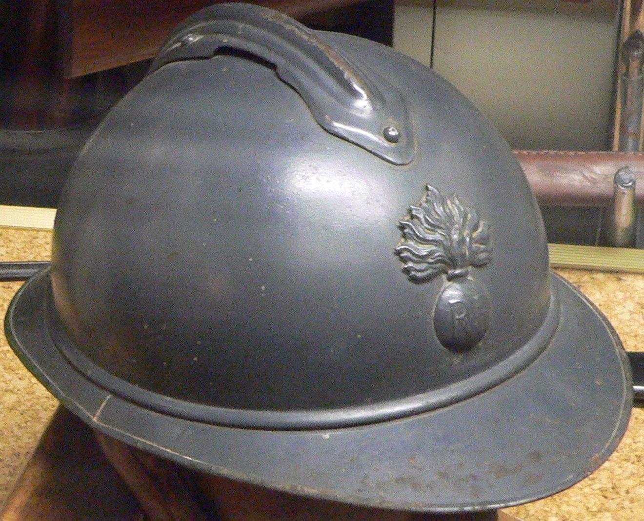 Casque adrian de l'infanterie française modèle 1915