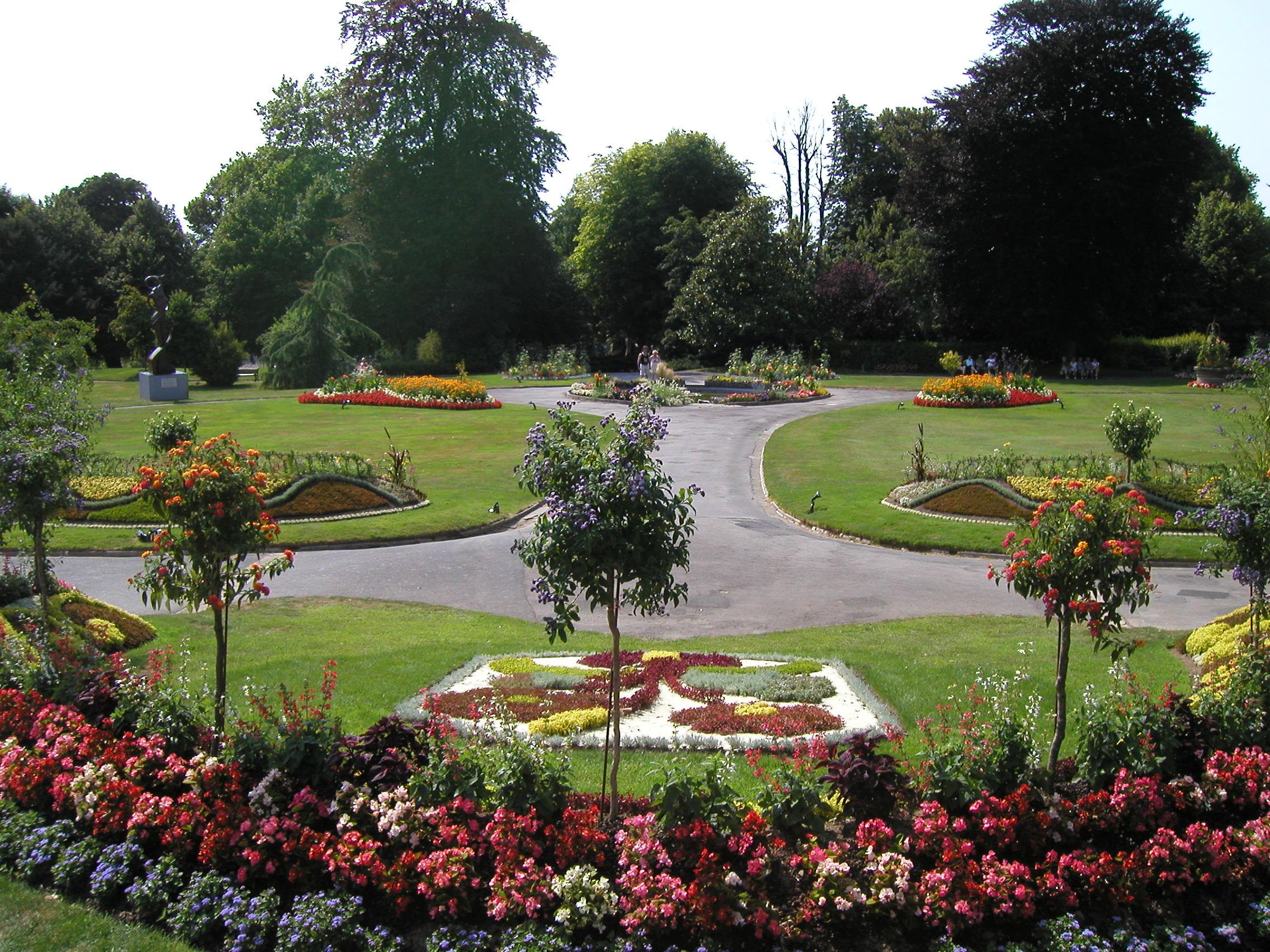 Avranches - College du jardin des plantes ...