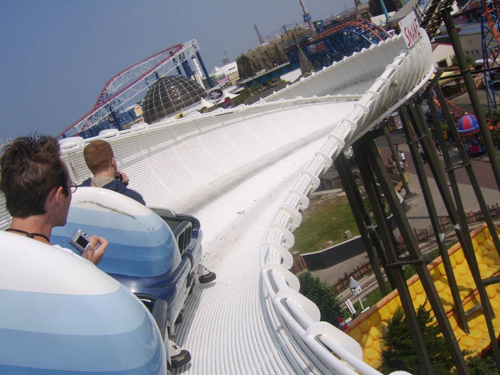 1988 dans les parcs de loisirs for Interieur bobsleigh