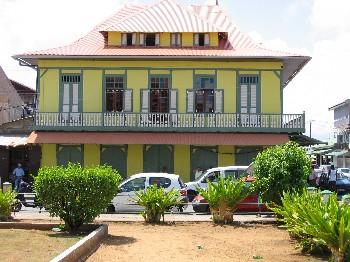 Case cr ole for Plan maison creole traditionnelle