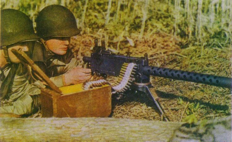 Votre fusil-mitrailleur préféré. - Page 2 Browning_M1919A4_Soldier_1949