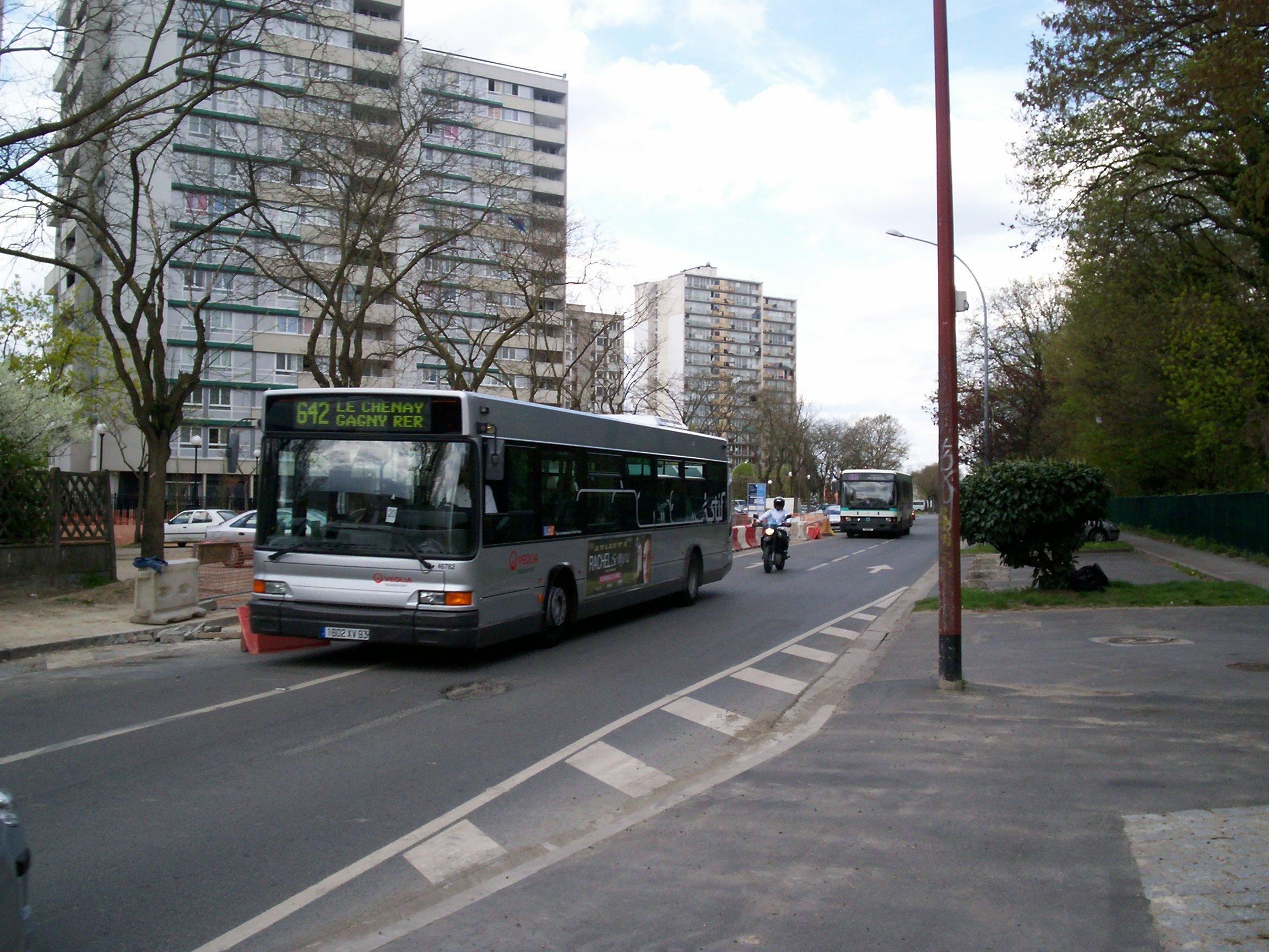 bus 642