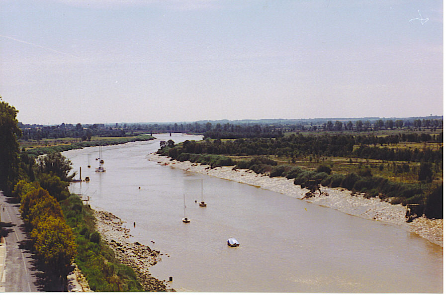 Tonnay-Charente France  City new picture : La Charente à Tonnay Charente