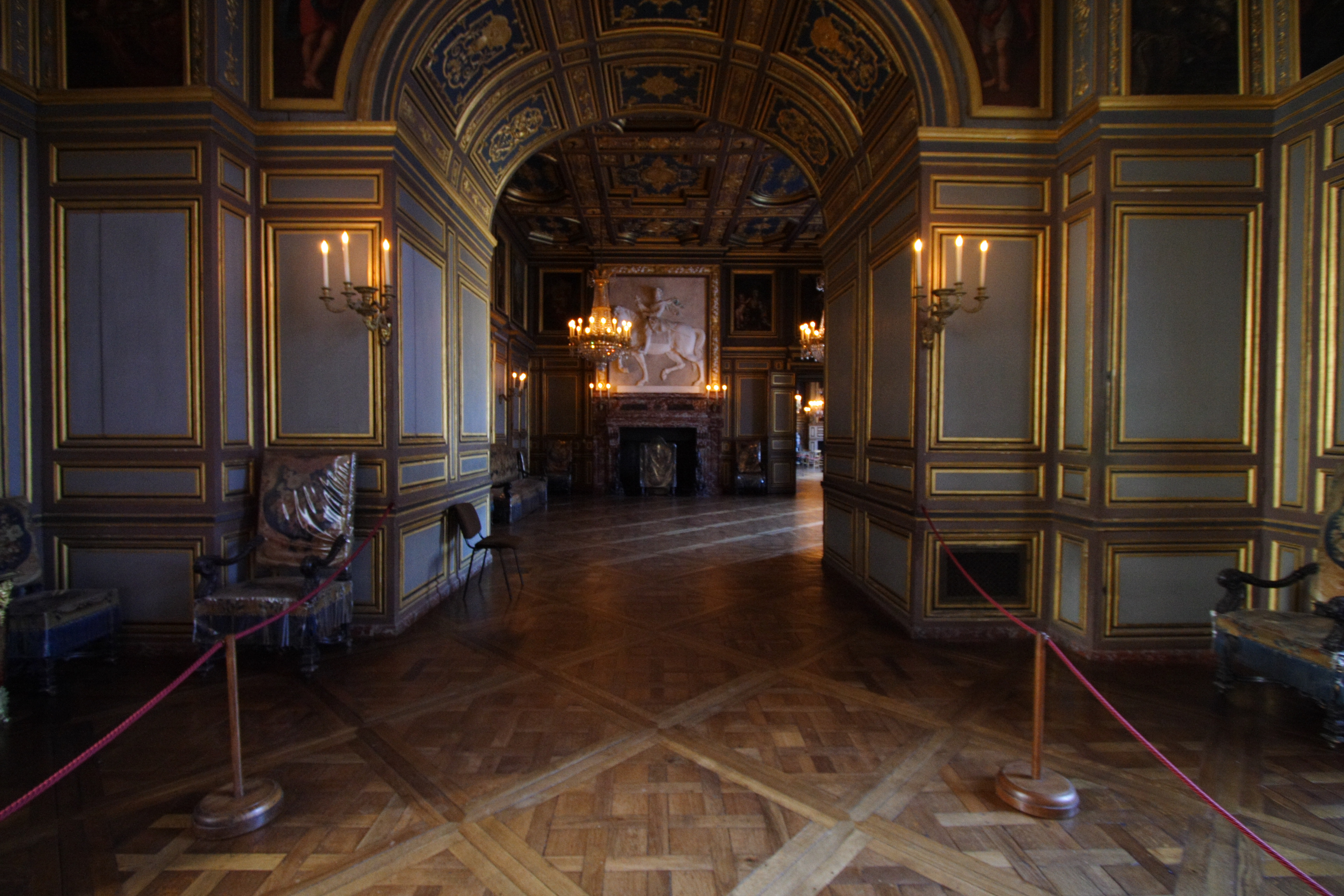 Chateau de fontainebleau for Le salon chatou