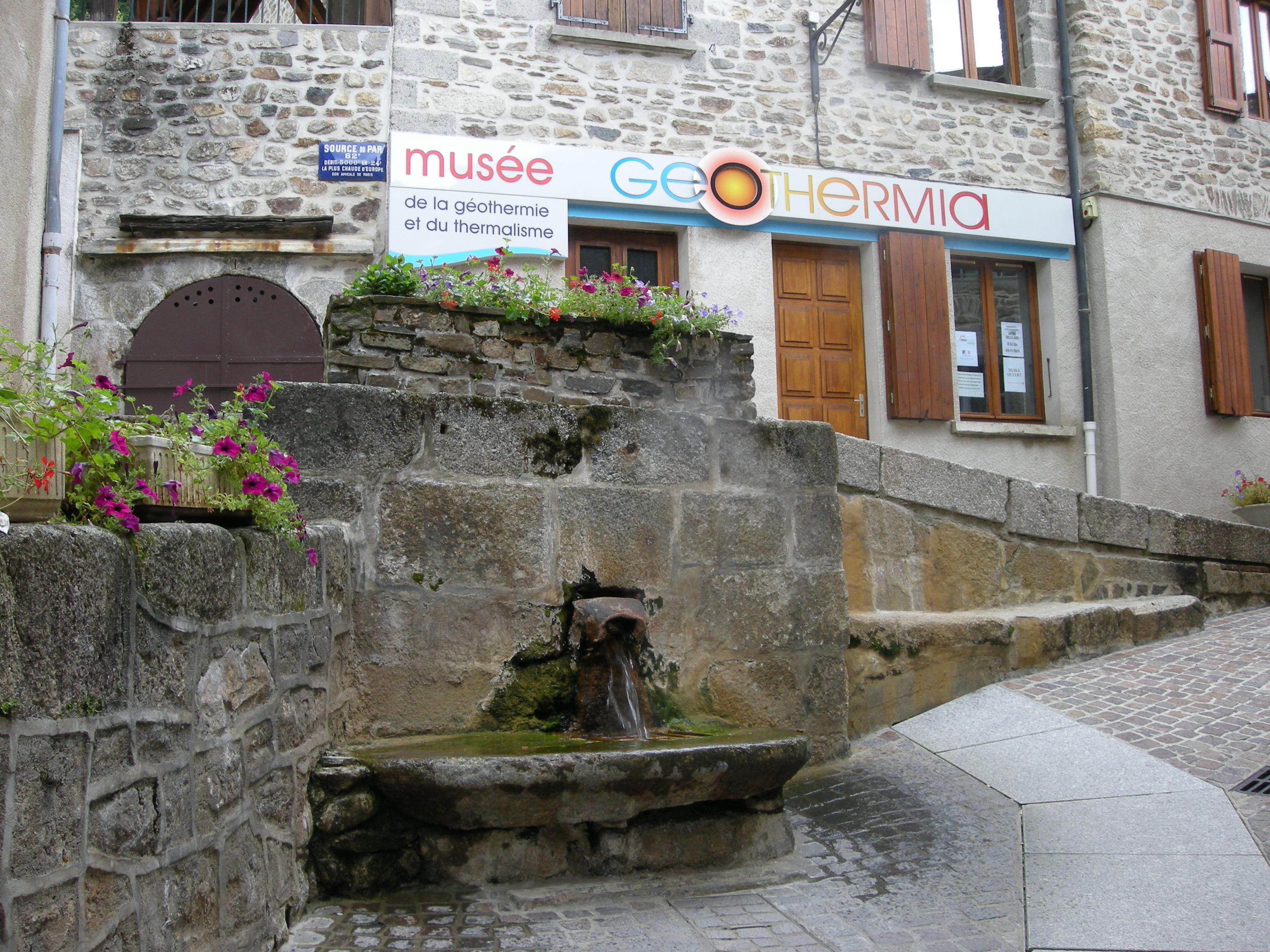 Chaudes aigues - Office de tourisme de chaudes aigues ...