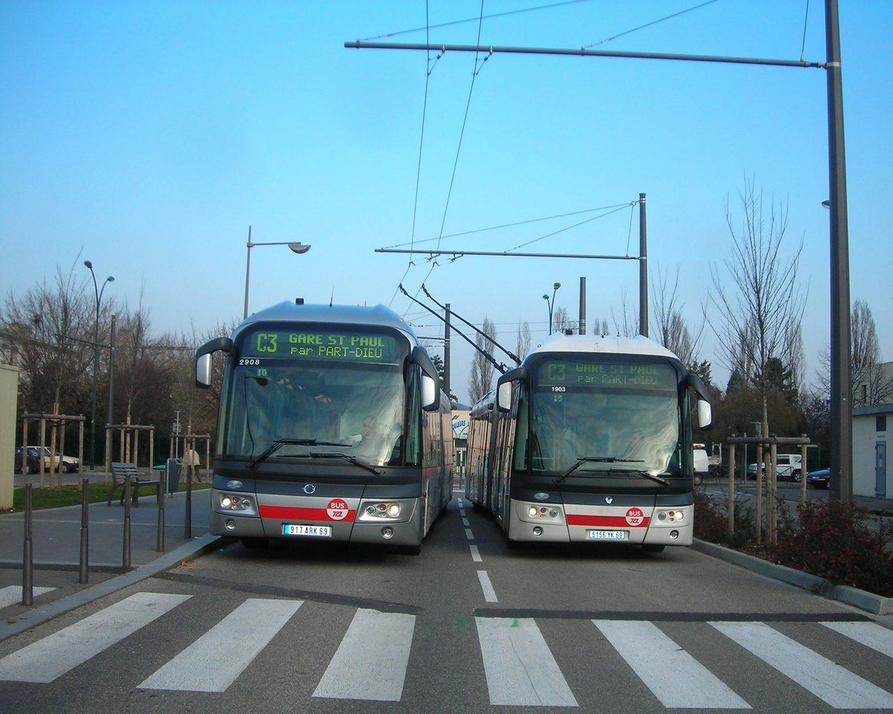 Transport en commun lyon - Horaire tram lyon ...
