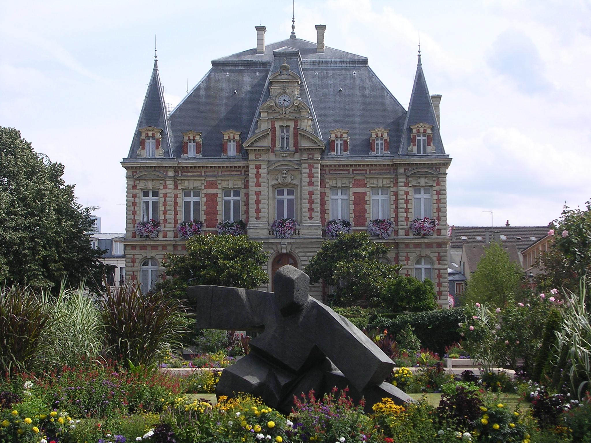 Hotel Le Saint Claude Rueil Malmaison