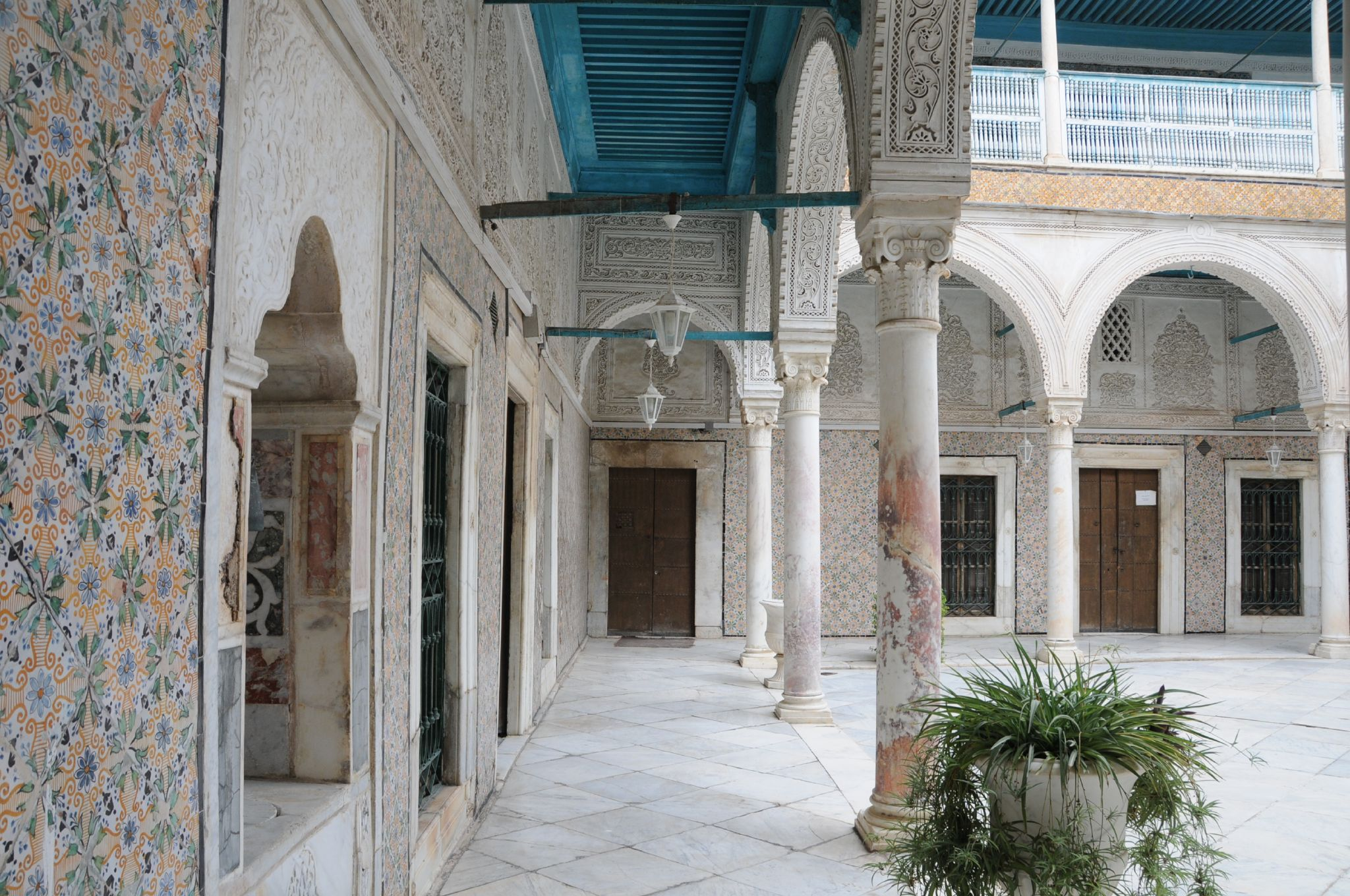 Medina de tunis for Meuble chateau fort tunisie