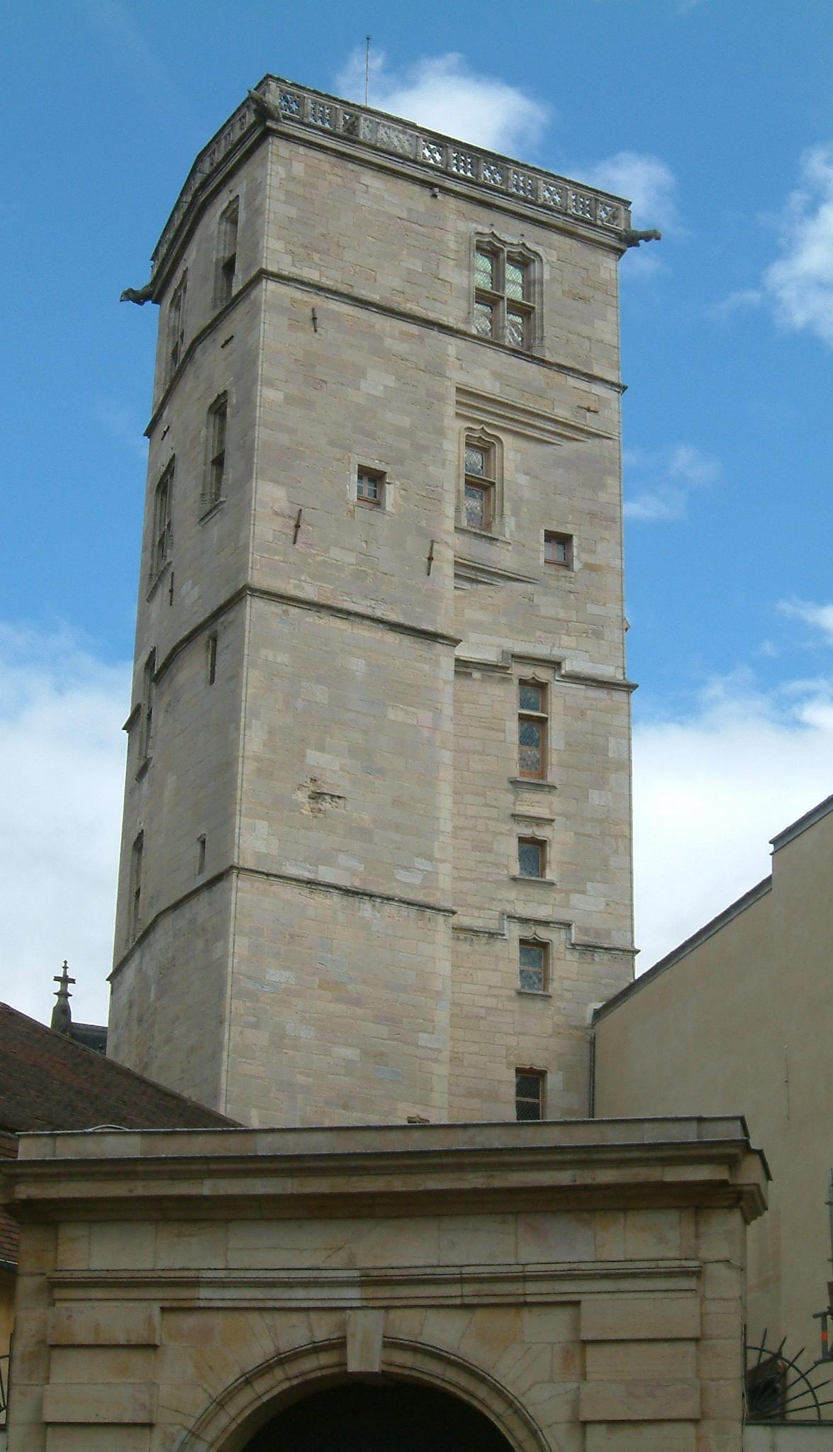 Palais des ducs de bourgogne for Dijon architecture