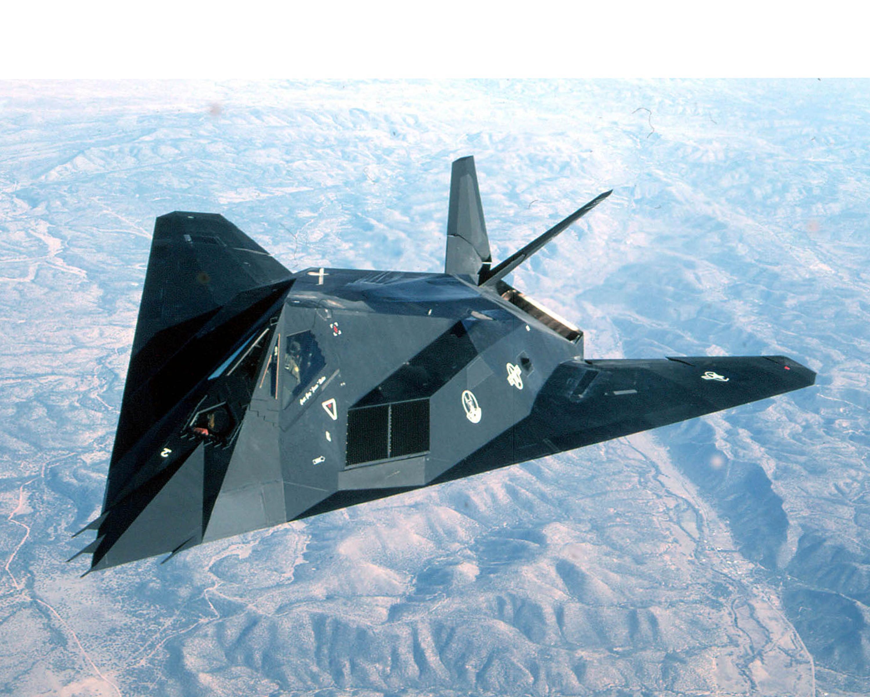 kawasaki h2 - Page 5 F-117_Nighthawk_%282152066098%29