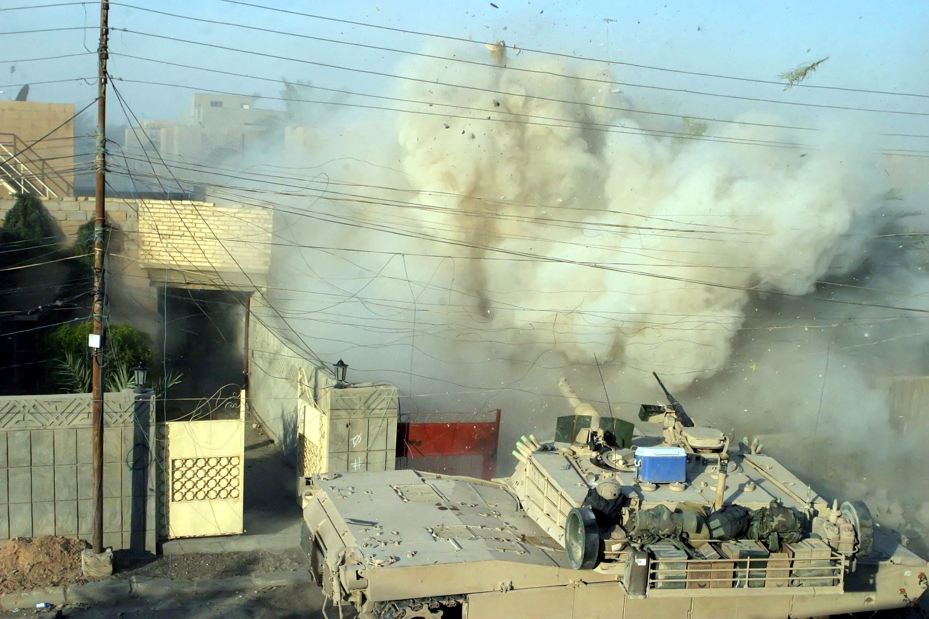 http://fr.academic.ru/pictures/frwiki/70/Fallujah_2004_M1A1_Abrams.jpg