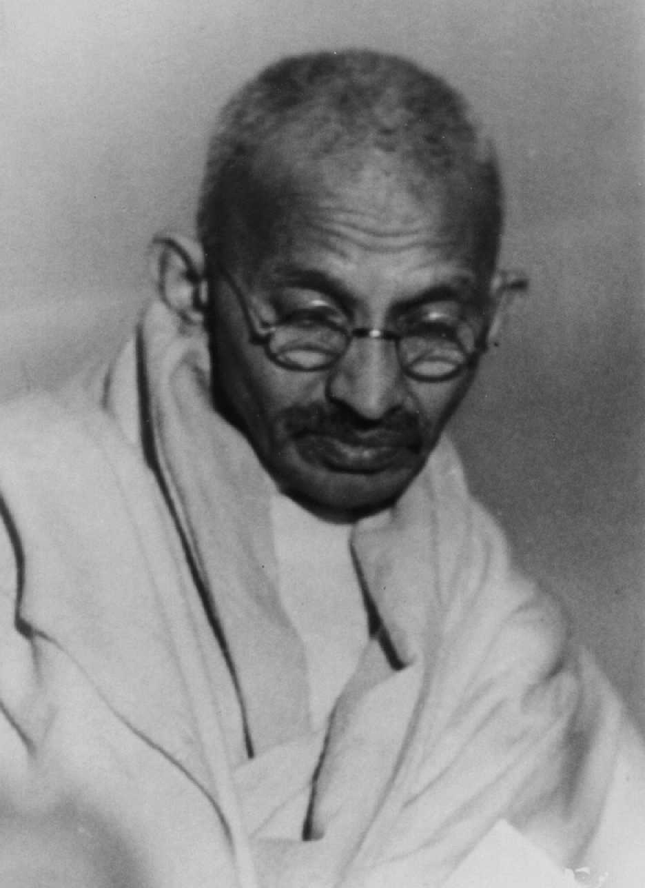 mahatama gandhi in sanskrit Other names, mahatma gandhi, bapu ji, gandhi ji  the honorific mahātmā ( sanskrit: high-souled, venerable)—applied to him first in 1914 in south.