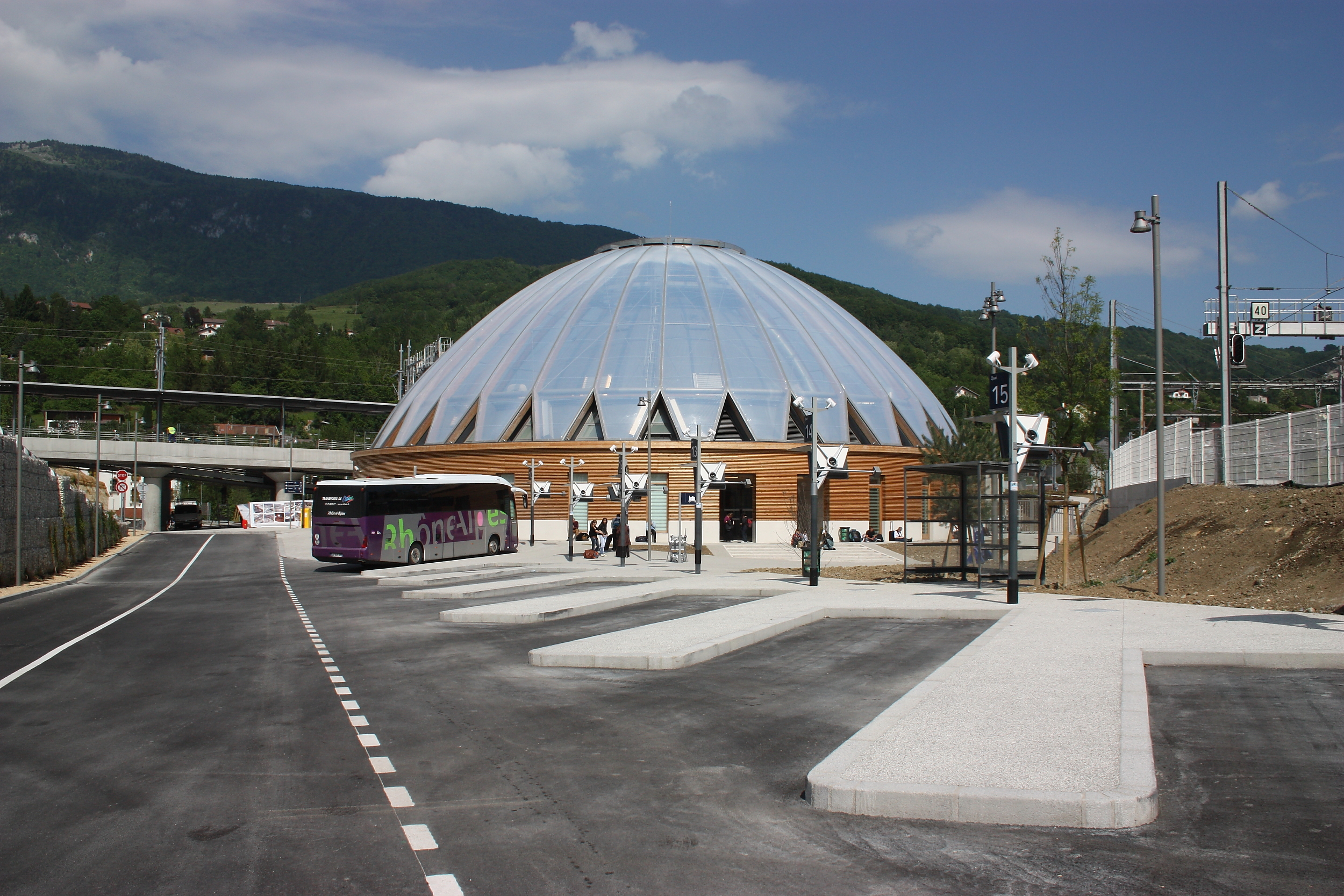 Gare de bellegarde for Piscine bellegarde sur valserine