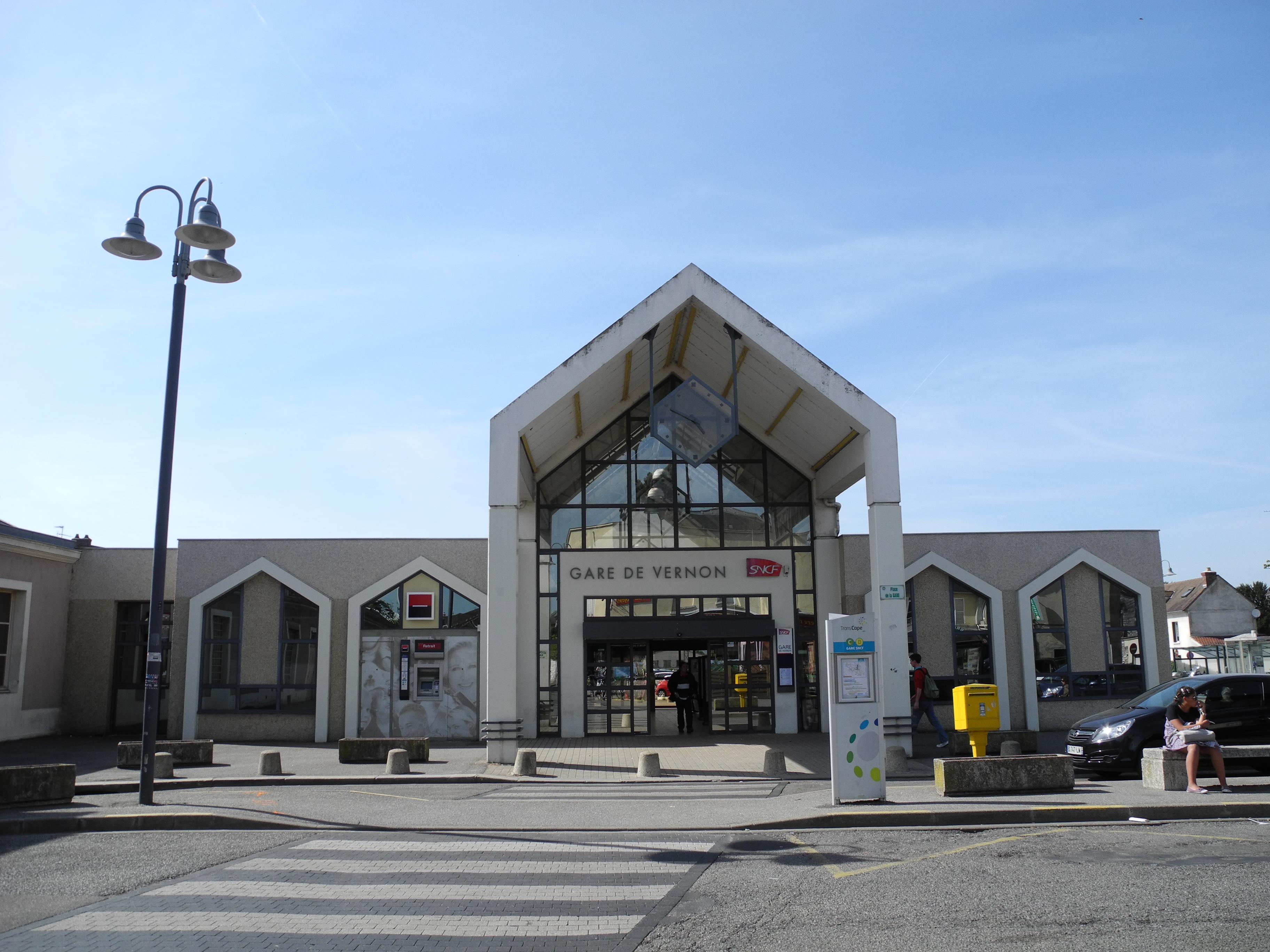 Gare de vernon for Audiovisuel exterieur de la france