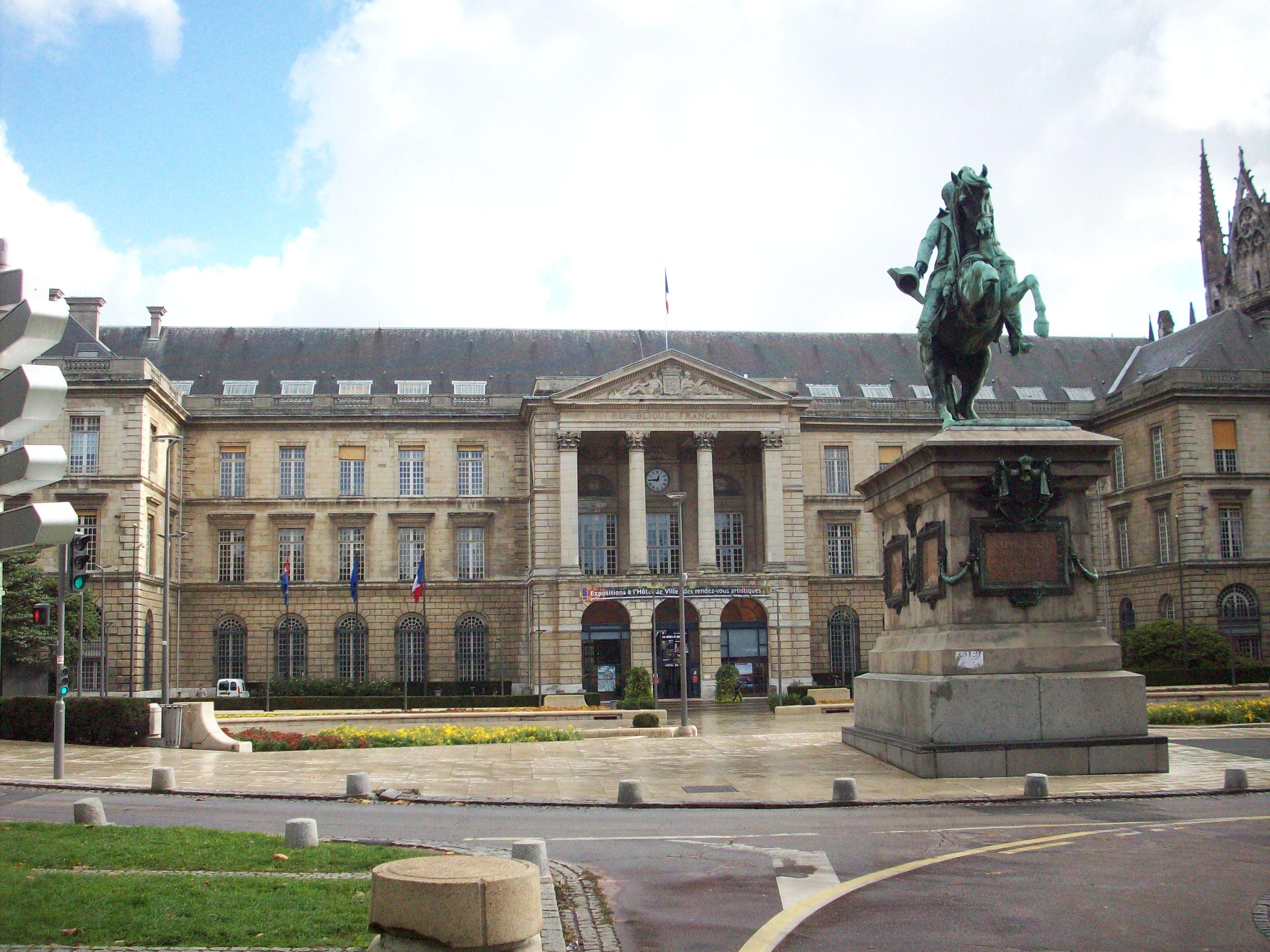 Rouen Poste Hotel De Ville