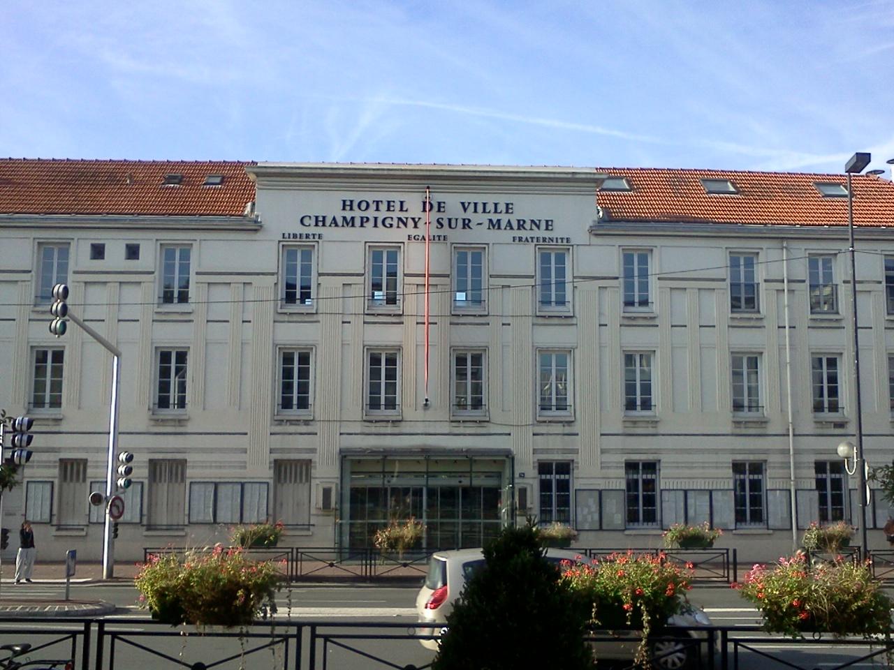 Champigny-sur-Marne France  city images : hôtel de ville de Champigny sur Marne