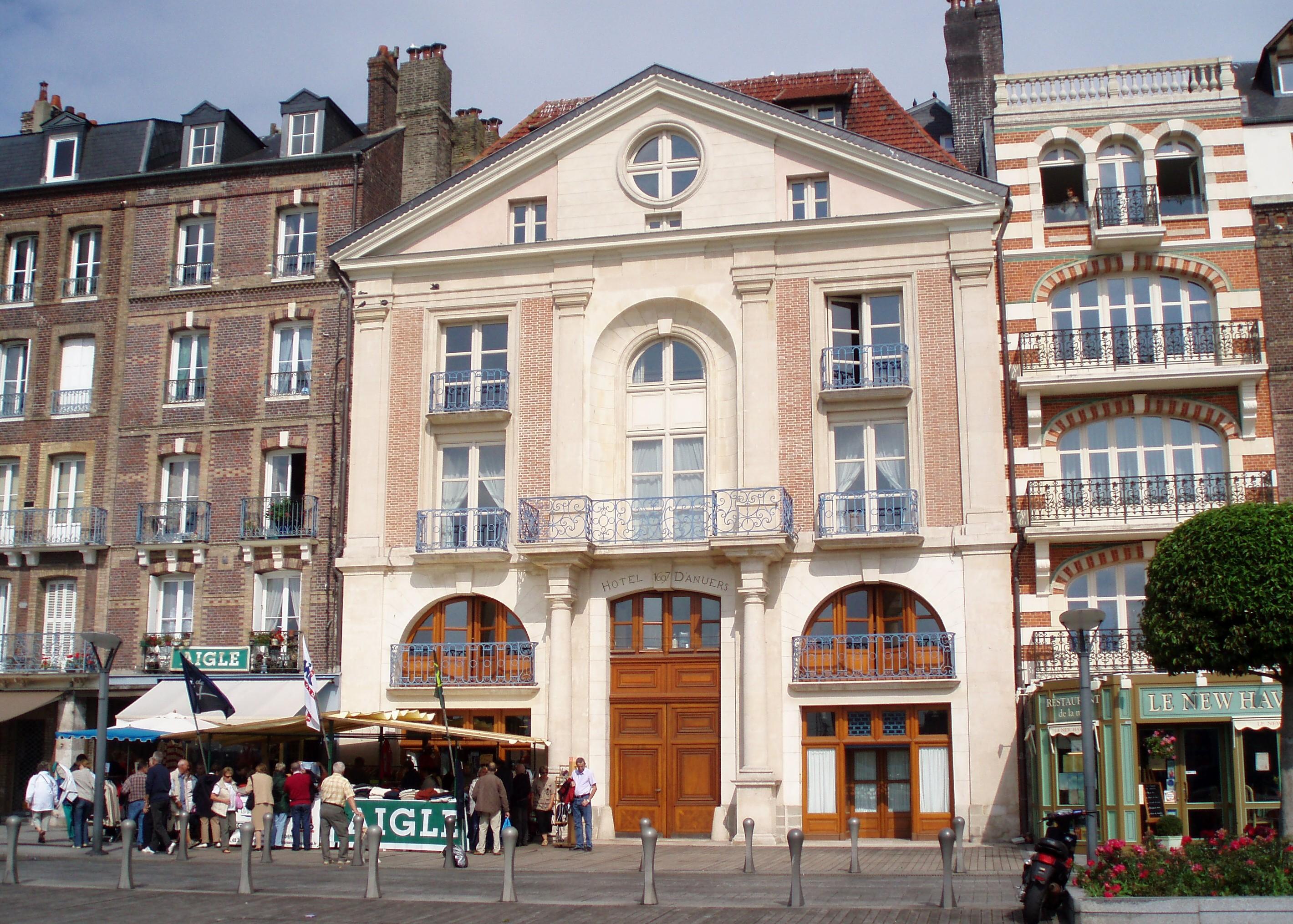 Hotel De Ville De Dieppe