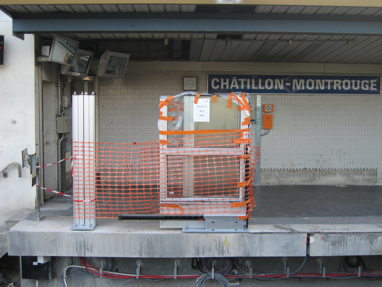 Ch tillon montrouge m tro de paris for Garage chatillon montrouge
