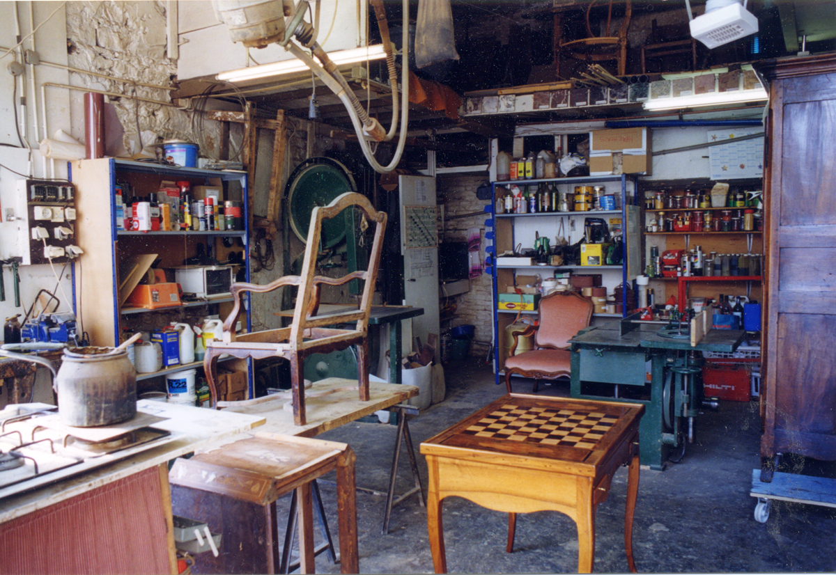 Restauration de mobilier for Renovation meuble ancien
