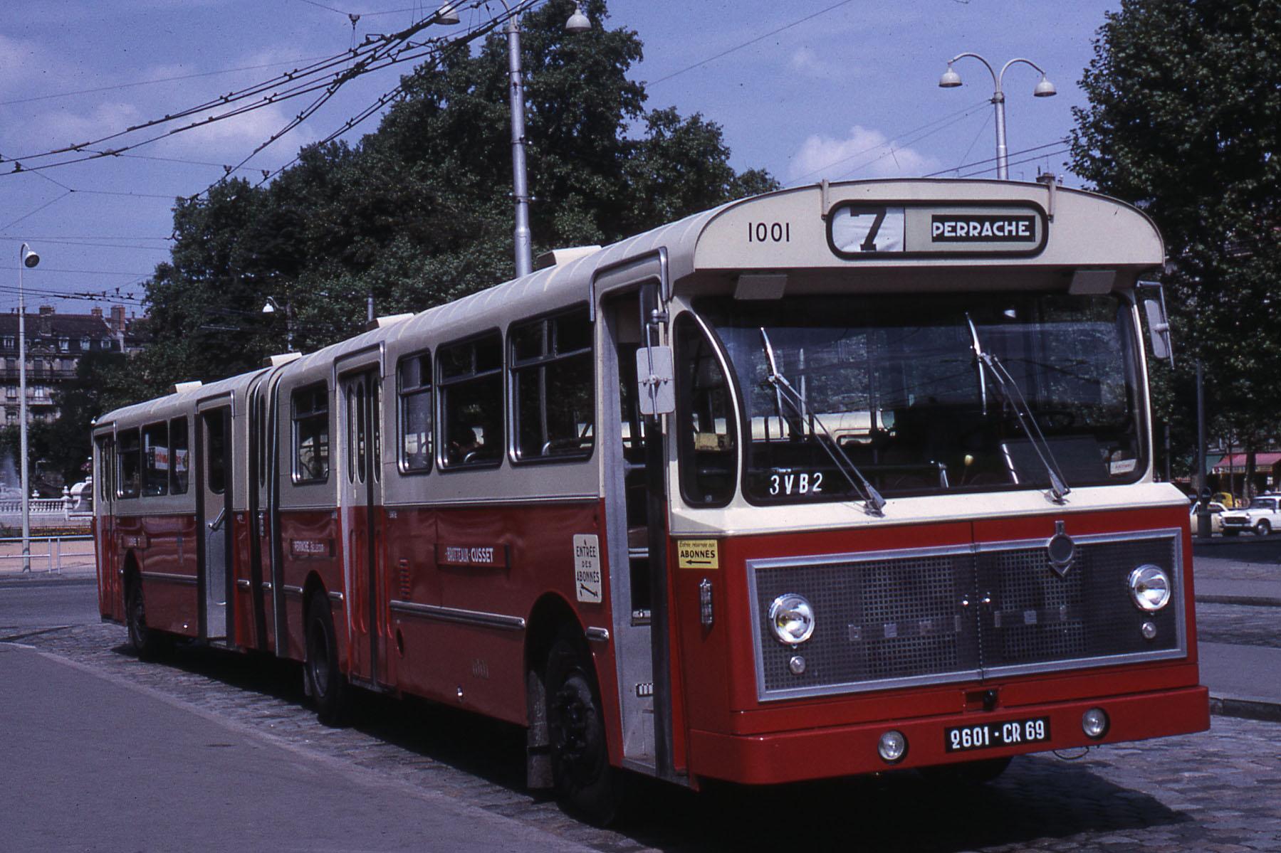 Berliet - Bus grenoble lyon ...