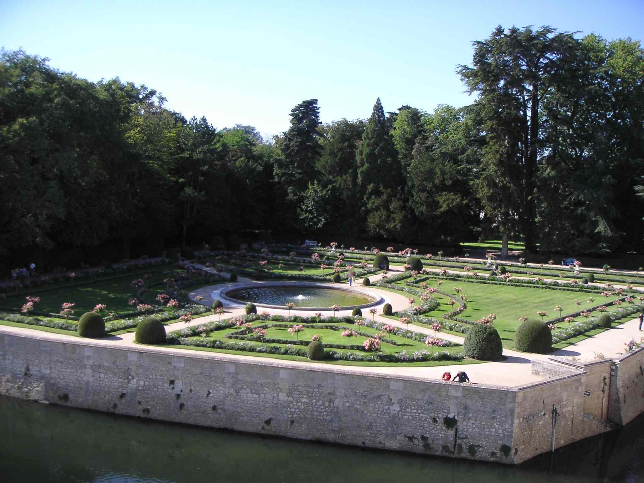 Chateau de chenonceau - Le jardin de catherine com ...