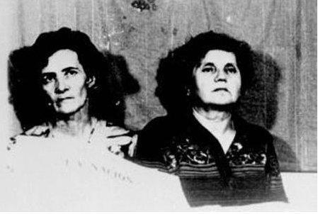 1977 for Domon et costello