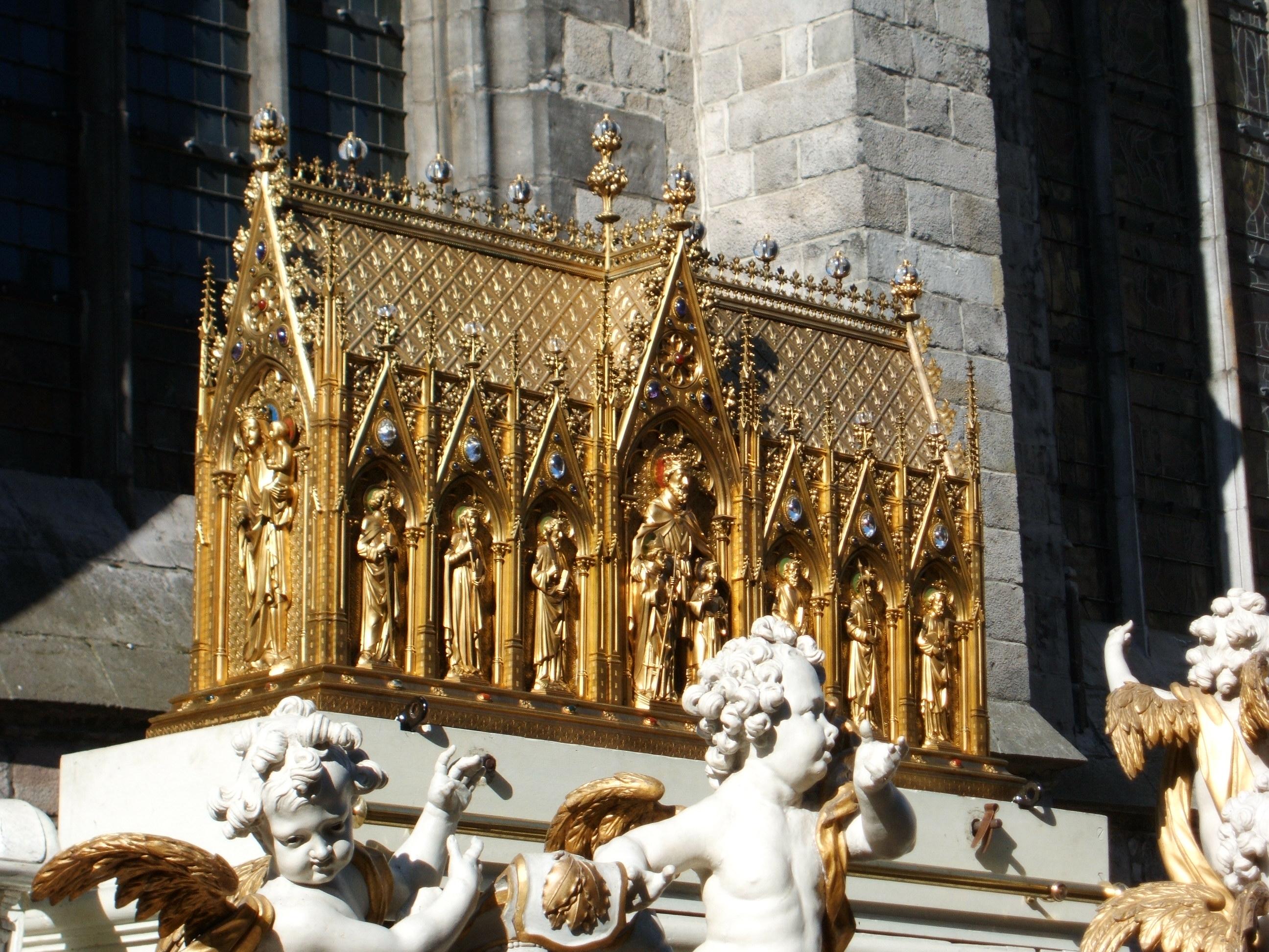 Ducasse De Mons