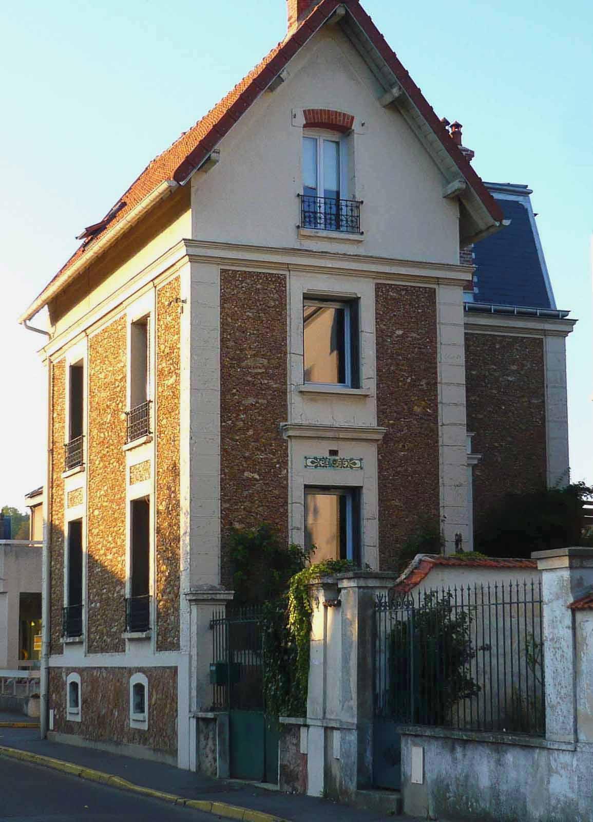Maison de pierre - Maison en pierre meuliere ...