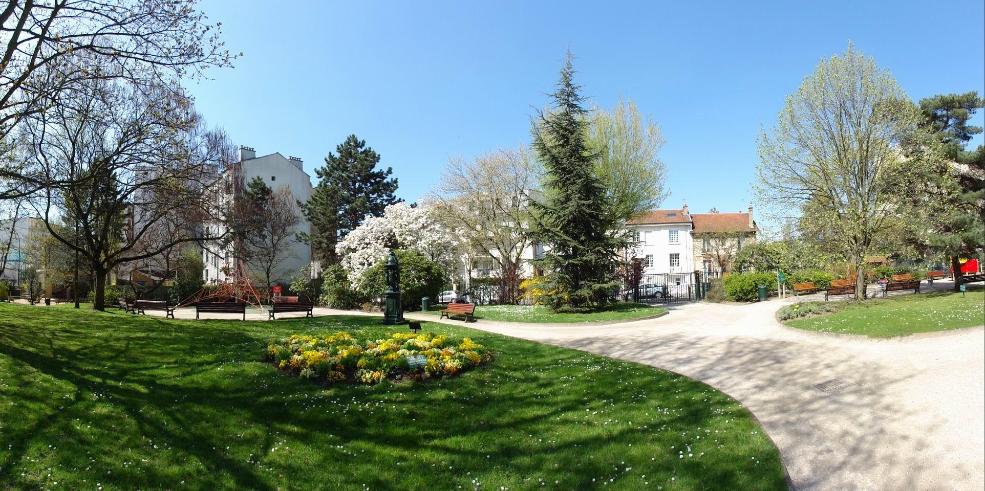 Parc De L Hotel De Ville La Garenne Colombes