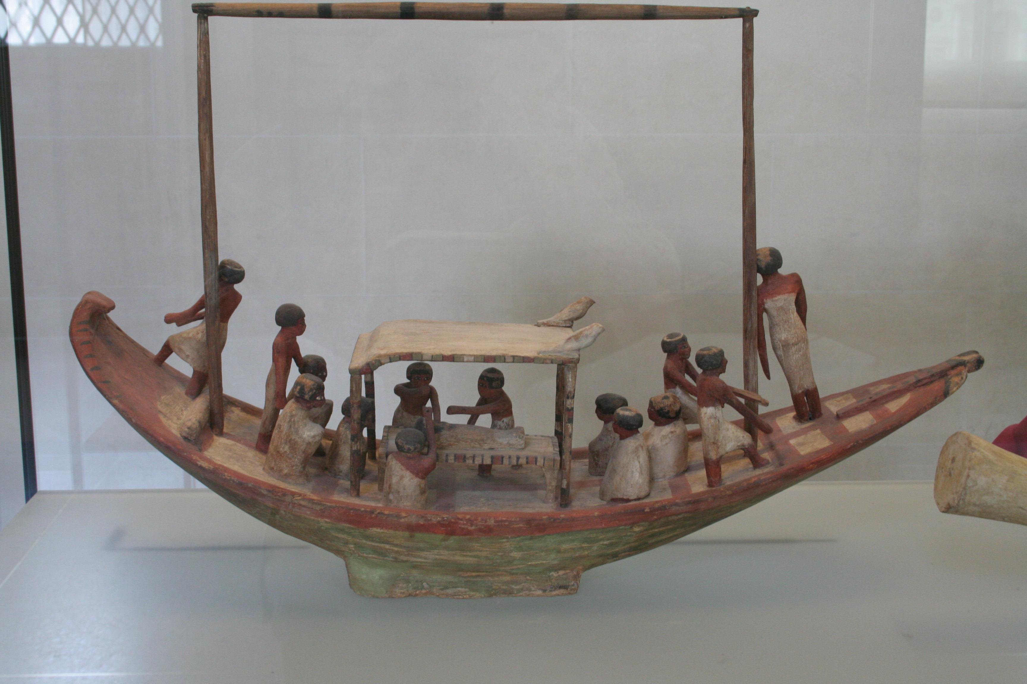 Bateau dans l 39 gypte antique for Dans un petit bateau